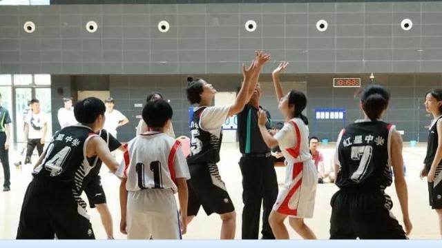 高中组篮球首日精彩