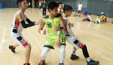 中小学组篮球比赛