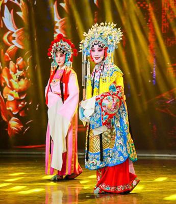 第十二届安徽国际文化旅游节在黄山开幕