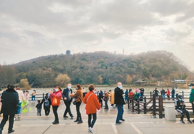 春节期间,采石矶景区人气爆棚 文明旅游蔚然成风